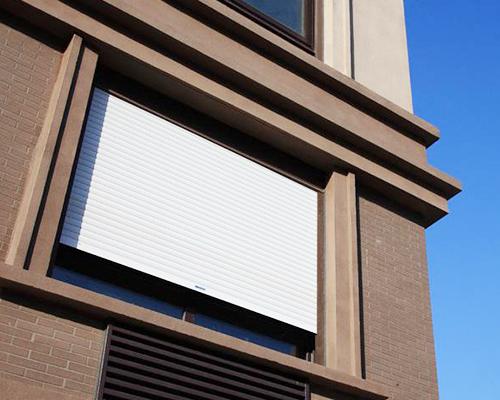 遮阳一体化窗